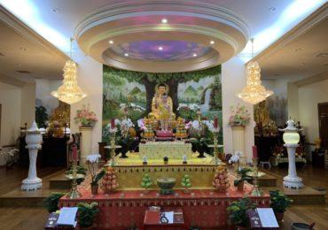 Thông báo: Khai Kinh Pháp Hoa – Cúng Dường Mùa Phật Đản PL 2563